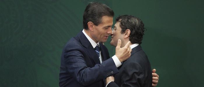 """El Presidente Peña Nieto nombró el 3 de febrero de 2015 a Virgilio Andrade como Secretario de la Función Pública. Ese día le instruyo investigar el escándalo """"casa blanca"""". Foto: Cuartoscuro"""