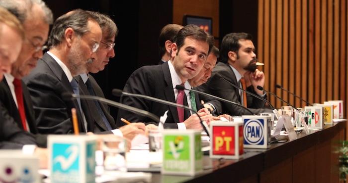 La Iglesia acusó que La política mexicana es un jugoso negocio, cortesía del voto y de partidos complacidos por el nepotismo de familias. Foto: Cuartoscuro