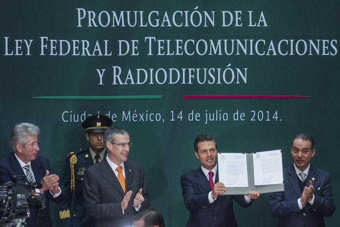 El Presidente Enrique Peña Nieto promulgó la Ley de Telecomunicaciones el 14 de julio de 2014. Foto: Cuartoscuro.