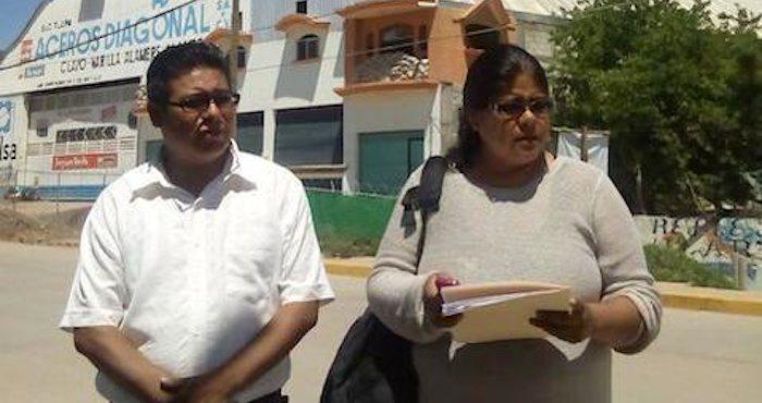 Poco después de las 3 de la tarde, los consejeros afirmaron que enviarán su renuncia al consejero presidente del INE. Foto: Antonia Ramírez, ElSur