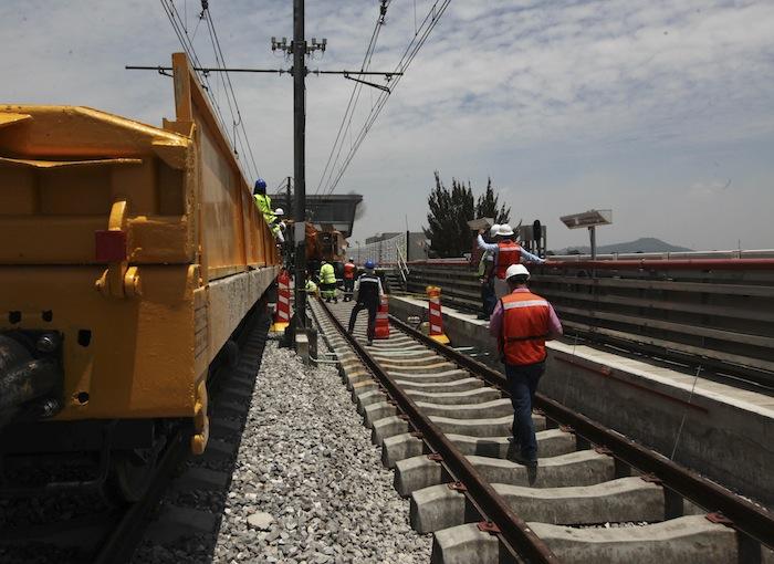Imagen de las obras llevadas a cabo para arreglar los desajustes en la Línea 12 del metro Foto: Cuartoscuro
