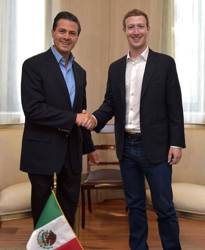 Con Peña Nieto. Foto: Facebook de Mark Zuckerberg