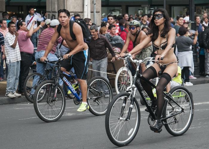 En muchos países, el uso de ciclovías ha mostrado crear beneficios que van más allá de un sentido de comunidad. Foto: Cuartoscuro