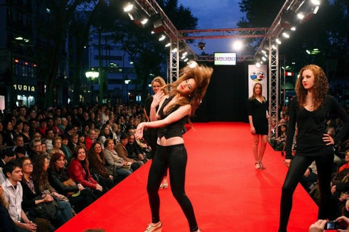 Los expertos en moda son quienes más desconfían de este programa, pero admiten que puede ser útil. Foto: EFE