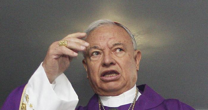 """Arzobispos y sacerdotes llevan a cabo un """"Magno exorcismo"""" en San Luis Potosi,  a puerta cerrada"""