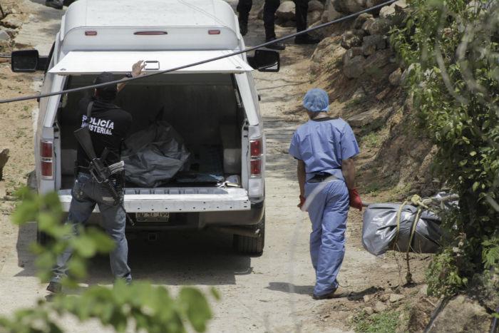 Autoridades hallaron nuevas fosas con cadáveres en Acapulco. Foto: Cuartoscuro.