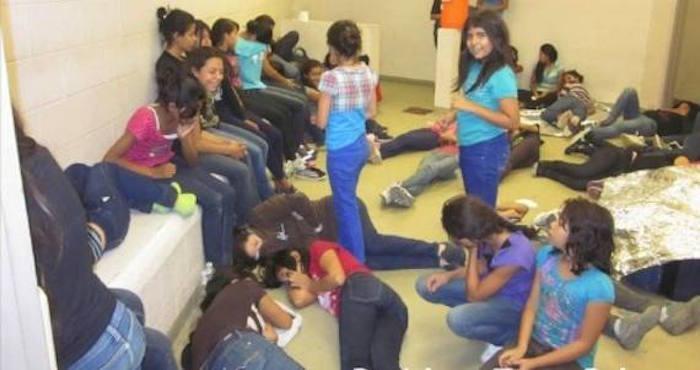 La Oficina de Washington para Asuntos Latinoamericanos denunció malos tratos a los menores. Foto: Breitbart.