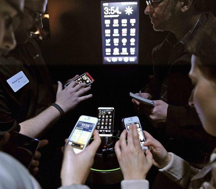 En cinco años el 90 por ciento de habitantes tendrán cobertura de banda ancha móvil. Foto: EFE.
