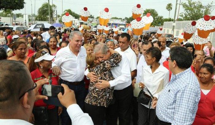 El Gobernador, en el homenaje al fundador del Cártel del Golfo. Foto: Gobierno de Tamaulipas