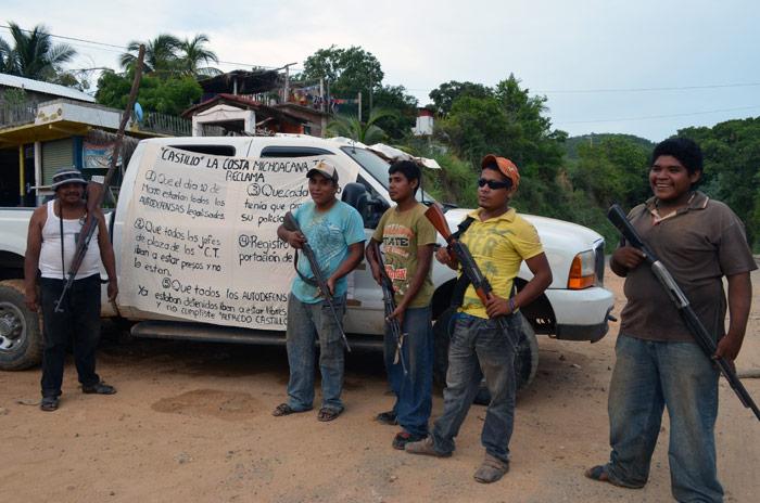 Autodefensas indígenas. Foto: Sanjuana Martínez, SinEmbargo