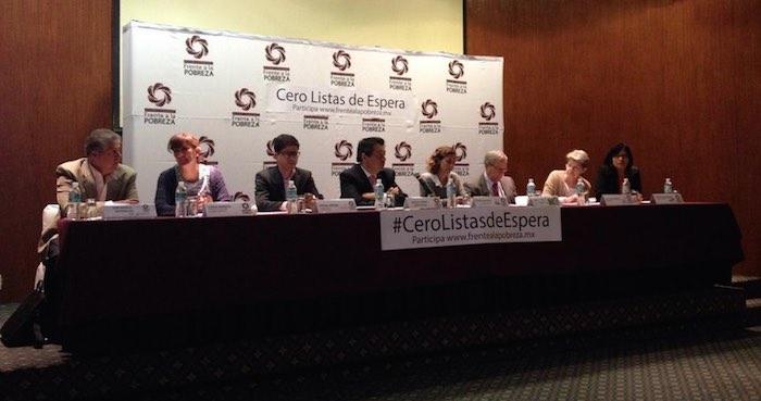 A finales de octubre la campaña pretende haber completado 50 cuestionarios en 300 establecimientos. Foto: Vía Twitter @FrenteaPobreza
