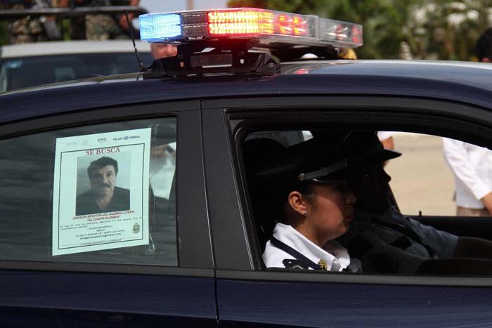 """Hoy, en Acapulco. Empezó a circular el """"se busca"""". Foto: Cuartoscuro"""
