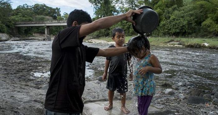 Niños en Najapa. Foto: Pedro Armestre