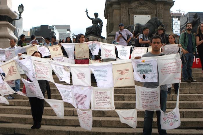 La marcha partió del Ángel de la Independencia. Foto: Francisco Cañedo, SinEmbargo