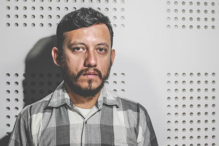El fotoperiodista el 1 de julio en las instalaciones de SinEmbargo. Foto: Francisco Cañedo, SinEmbargo