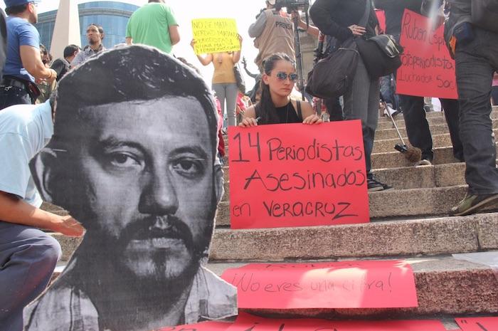 El gremio periodístico exigió a las autoridades esclarecer el asesinato de Rubén. Foto: Luis Barrón, SinEmbargo