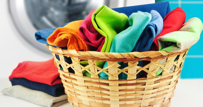 cesto de ropa sucia. Foto: Shutterstock