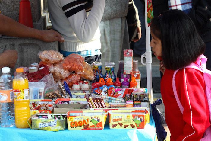 La comida chatarra está a la mano de los niños, una de las poblaciones más vulnerables. Foto: Cuartoscuro