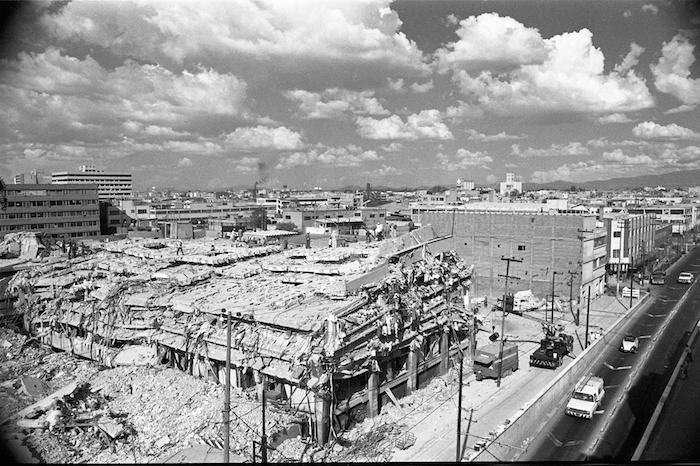 Hace 30 años se demostró que las normas de construcción vigentes no correspondían a la amenaza. Foto: Cuartoscuro.