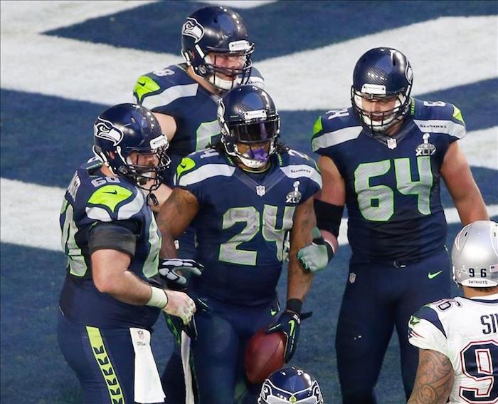 Todos para uno es la filosofía imperante entre las franquicias de la NFL. Foto: EFE