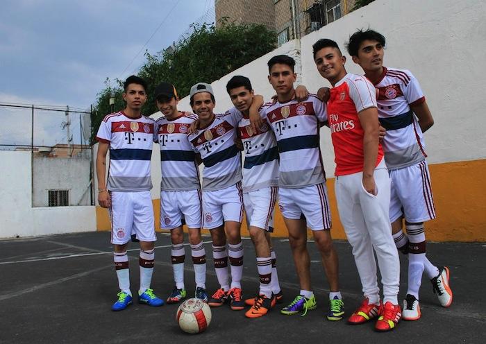 "La liga no tiene ""cachirules"" heterosexuales, aseguran sus integrantes. Foto: VICE Media"