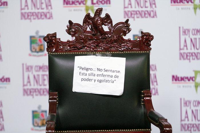 La silla de Rodrigo Medina, el anterior Gobernador, se va a un museo. Foto: Cuartoscuro