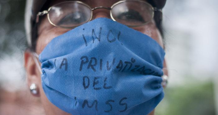 Trabajadores del IMSS denunciaron una privatización en la institución. Foto: Cuartoscuro