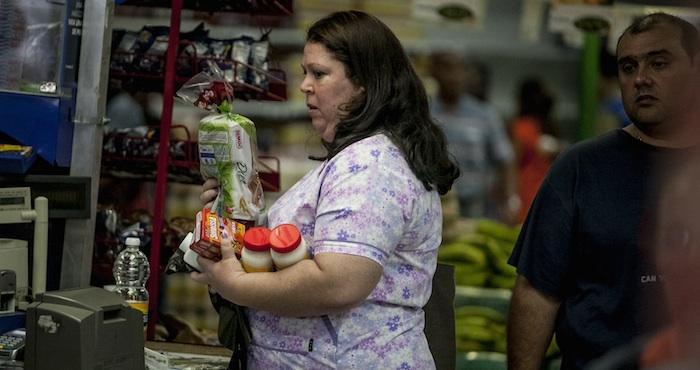 El salario mínimo en México es insuficiente para adquirir la canasta básica.Foto: EFE.