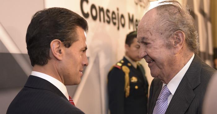 El Presidente Enrique Peña Nieto y el empresario Alberto Baillères González. Foto: Cuartoscuro