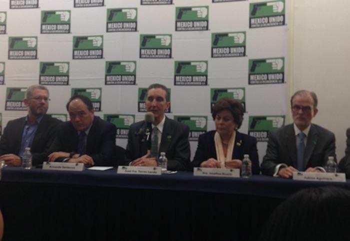 Los integrantes de la Sociedad Mexicana de Autoconsumo Responsable y Tolerante.  Foto: Twitter @MUCD
