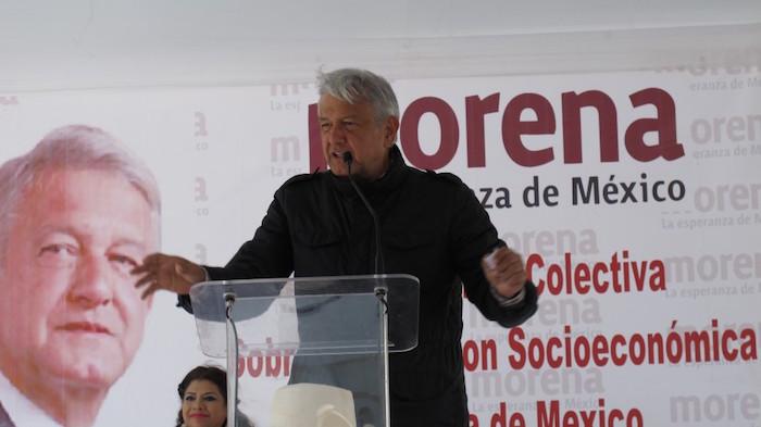 AMLO durante una gira por Tlaxcala, en el Municipio de Xiloxotla. Foto: amlo.org