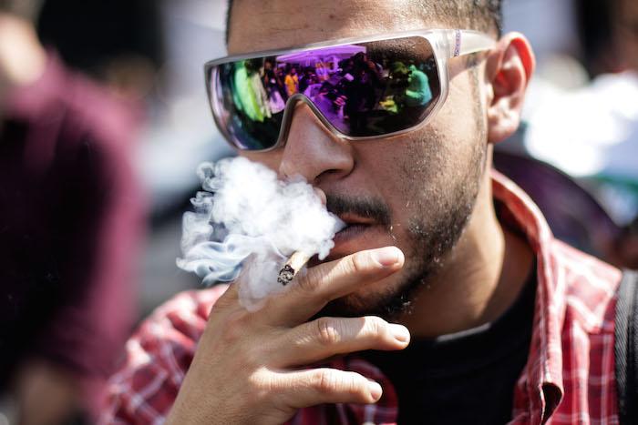 El estudio Drogas DF detalla que los mercados de drogas ilícitas en la Ciudad de México cuentan con unos 85 mil usuarios/clientes. De este total, un 85 por ciento es consumidor de mariguana. Foto: Francisco Cañedo, SinEmbargo