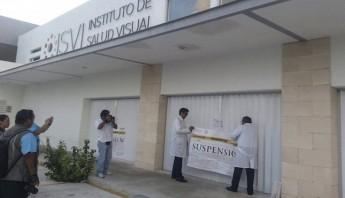 La Clínica ISVI Instituto de Salud Visual fue clausurada por inspectores de la Cofepris. Foto: Cuartoscuro