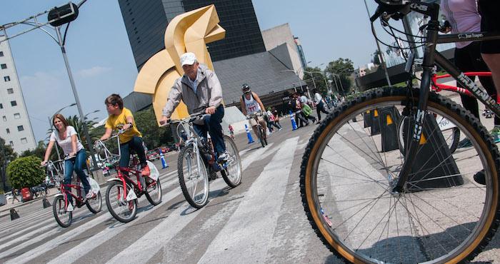 El uso de la bicicleta, una política que México debe implementar. Foto: Cuartoscuro