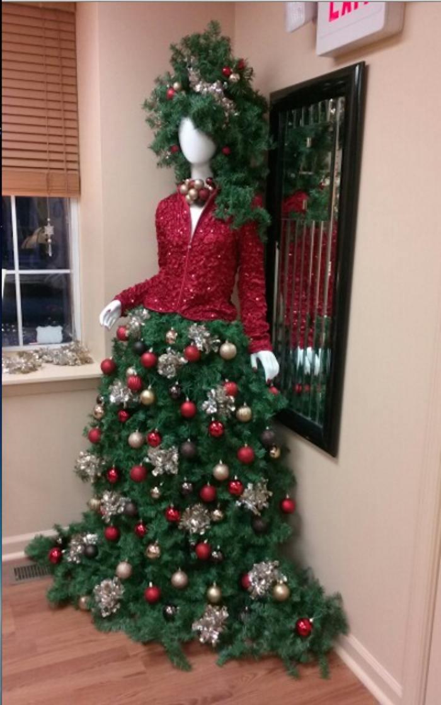 Vestidos de rbol de navidad se vuelven virales en redes - Como se adorna un arbol de navidad ...