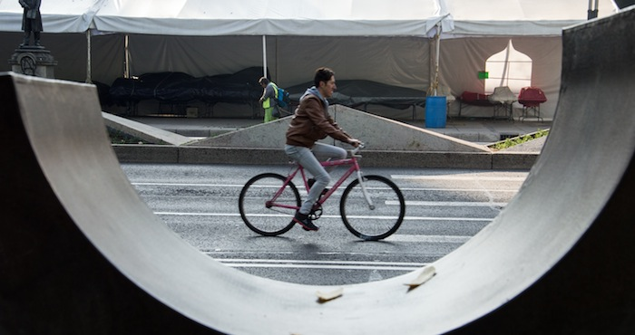 Utilizar la bicicleta ayuda a darle un respiro al planeta. Foto: Cuartoscuro.
