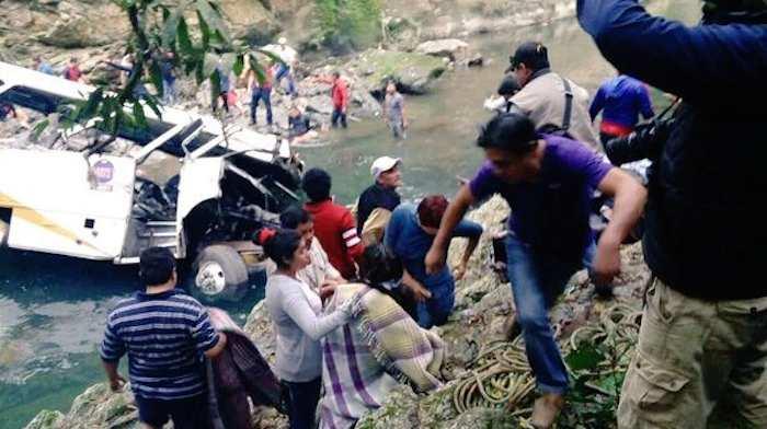 Según el Gobernador Duarte  el chofer manejaba a acceso de velocidad. Foto: Vía Twitter @gilius_22