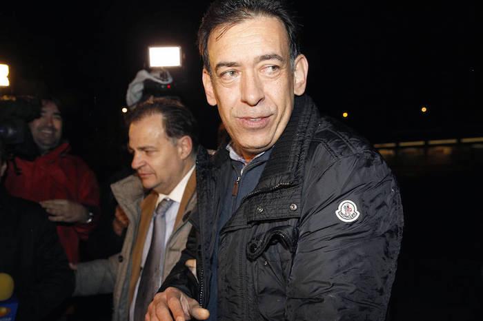 El ex mandatario de Coahuila, Humberto Moreira, al salir de prisión. Foto: EFE