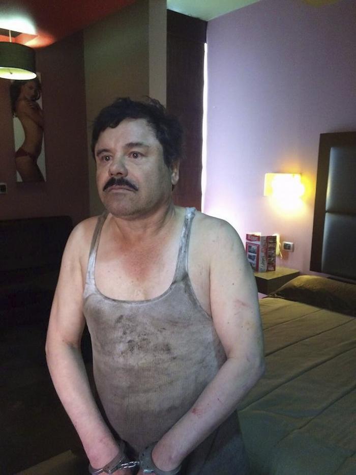 """Esta es una de las primera imágenes que han circulado este día de """"El Chapo"""", luego de su captura en Los Mochis, Sinaloa. Foto: Cuartoscuro"""