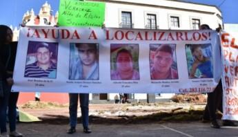 Los cinco jóvenes desaparecieron hace un mes. Foto: Blog Expediente.