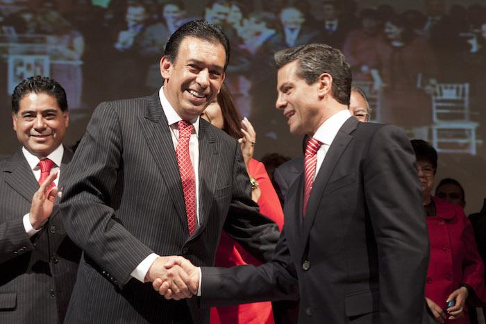 Humberto Moreira, ex líder del PRI, con el Presidente Enrique Peña Nieto. Foto: Cuartoscuro