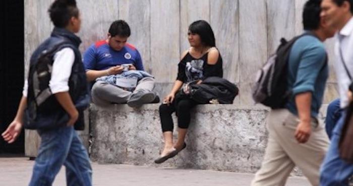"""El Banco Mundial informó que unos 20 millones de latinoamericanos entre 15 y 24 años de edad actualmente no estudian ni trabajan, y que se les conoce los """"nini"""", según un informe del organismo difundido este martes. Foto: Cuartsocuro"""