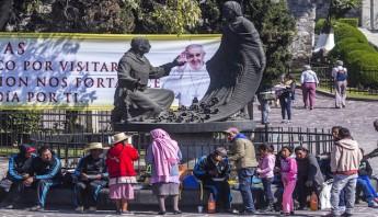 En la Basílica de Guadalupe y sus alrededores continúan los preparativos para la visita que realizara el Papa Francisco como parte de su visita a México. Foto: Cuartoscuro