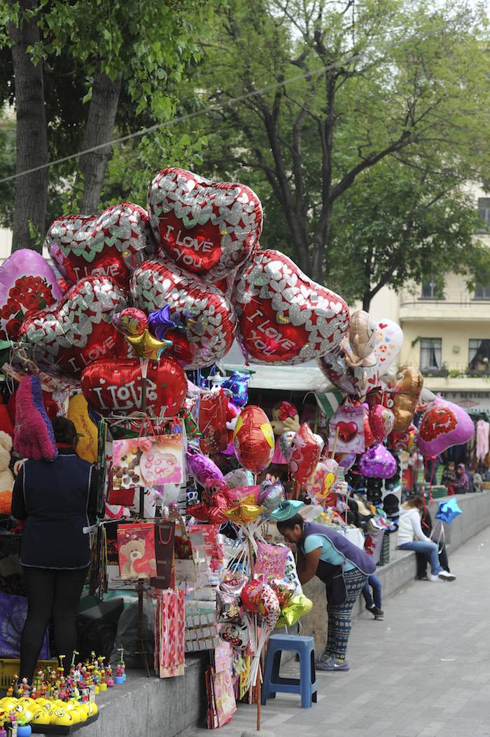 El 44.4 por ciento de los mexicanos acostumbra celebrar el día del amor y la amistad. Foto: Cuartoscuro