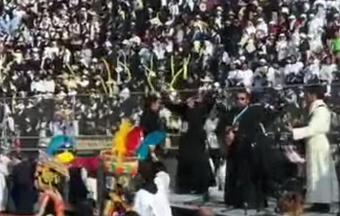 Religiosos participan en el conteo por los desaparecidos. Foto tomada de VIDEO