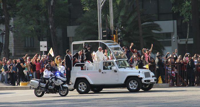 El Papa se traslada al Hospital Infanti Federico Gómez. Foto: SinEmbargo/Francisco barrón