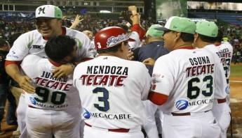 Los Venados de Mazatlán ganaron este domingo su segunda Serie de Béisbol del Caribe. Foto: EFE