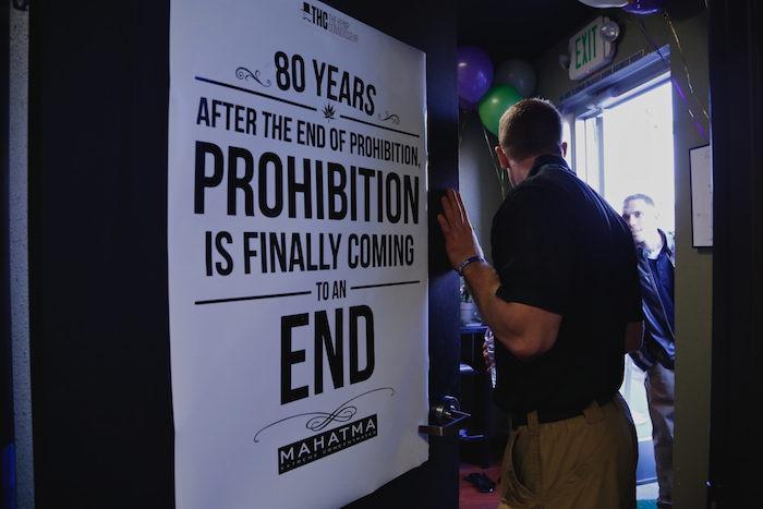 """Los funcionarios lamentaron que las actuales leyes de Colorado dificulten la compilación de """"datos concretos"""" para establecer la conexión entre mariguana legal y actividades criminales o accidentes automovilísticos. Foto: EFE"""