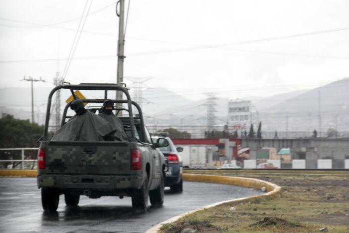 Vecinos denuncian abusos por parte de las fuerzas federales. Foto: Luis Barrón, SinEmbargo
