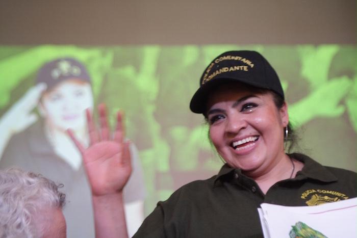 Salgado fue escuchada en el Centro de Derechos Humanos Miguel Agustín Pro Juárez. El lugar estaba repleto de representantes de las organizaciones defensoras de los derechos humanos, entre ellas, líderes de San Salvador Atenco y familiares de los 43 desaparecidos de Ayotzinapa; así como representantes de la Policía Comunitaria de Olinalá, Guerreros. Foto: Valentina López, SinEmbargo